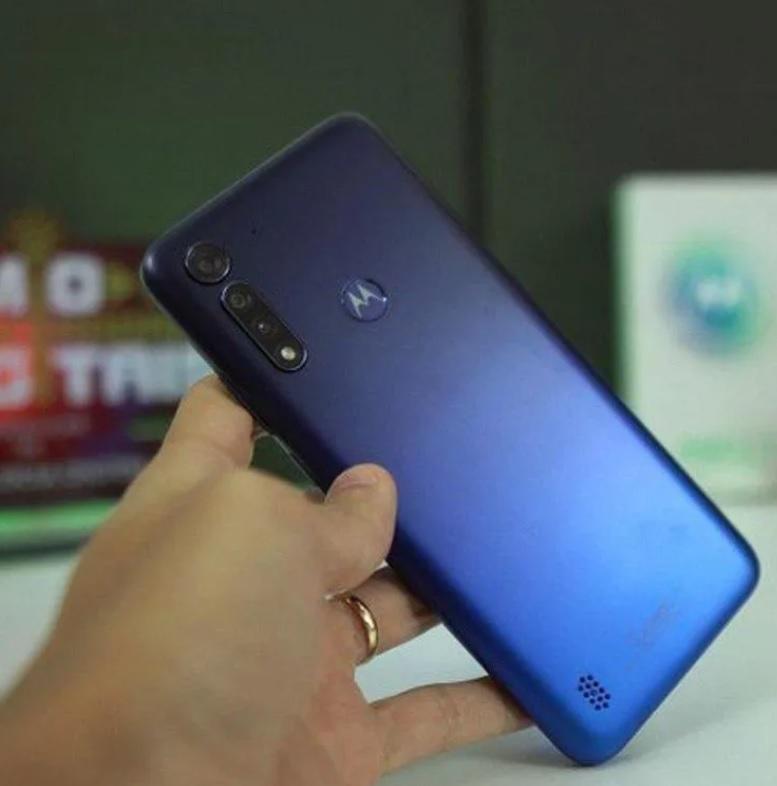 "Smartphone Motorola Moto G8 Power Lite 64GB – 4G Octa-Core 4GB RAM 6,5"" Câm. Tripla + Selfie 8MP (2 Cores)"