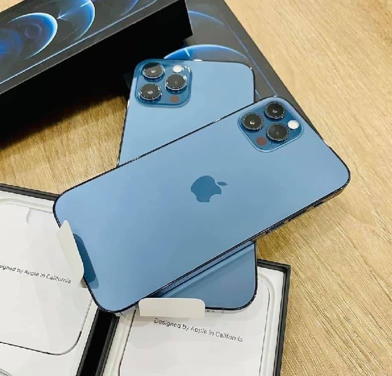 "iPhone 12 Pro Max Apple 256GB 6,7"" – Câm. Tripla 12MP iOS"