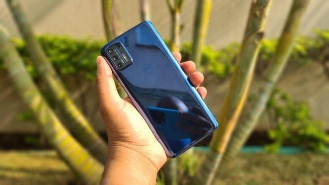 Smartphone Motorola Moto G9 Plus Dual Chip Desbloqueado Android 10 Tela 6.8″ 128GB 4G Câmera Quadrupla 64MP + 8MP+ 2MP + 2MP Qualcomm Snapdragon – Ouro Rosê