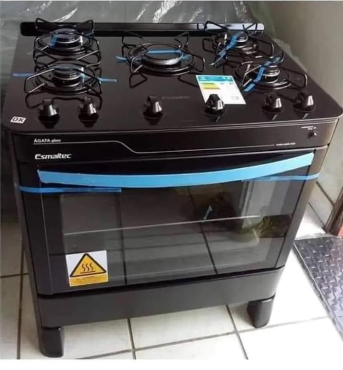 Fogão 5 Bocas Esmaltec Preto – Acendimento Automático Agata Glass