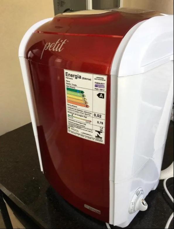 Mini Lavadora de Roupas Praxis – Petit 1,2Kg Vermelha