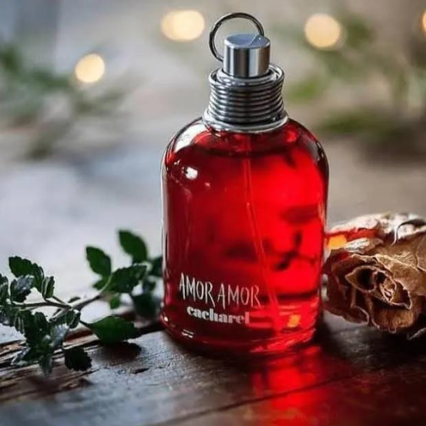 Amor Amor Cacharel – Perfume Feminino – Eau de Toilette