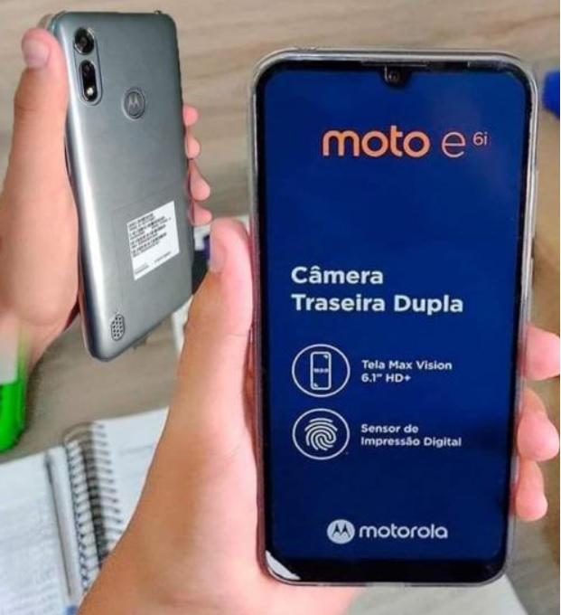 """Smartphone Motorola Moto E6i 32GB – 4G 2GB RAM Tela 6,1"""" Câm. Dupla + Selfie 5MP"""
