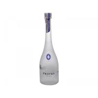 2 Unidades Vodka Pravda 750ml