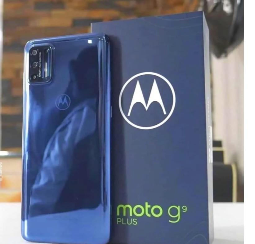 Smartphone Motorola Moto G9 Plus 128GB 4G Tela 6.5″ Câmera Quadrupla 64MP Selfie 16MP Android 10.0