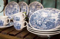 Aparelho de Jantar e Chá 20 Peças Biona Cena Inglesa em Cerâmica – Branco/Azul