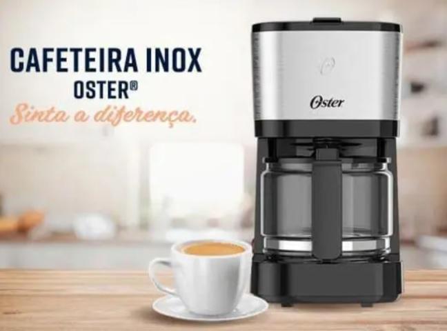 Cafeteira Elétrica Oster OCAF300 até 19 cafés – Preta/Inox